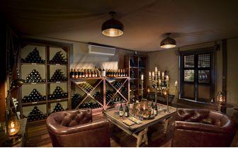 dubaplains_wine_cellar