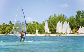 paradis_wind_surfing
