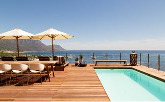 cape_view_pool_deck