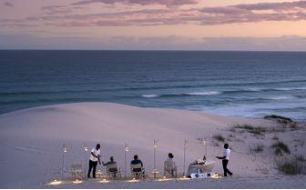Morukuru_Ocean_House_sundowners_in_the_dunes