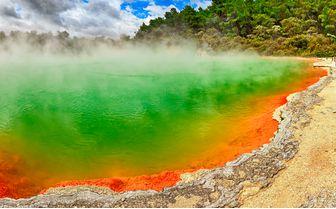 rotorua-geothermal-pool