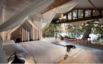 thorntree_bed_river_view