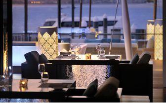 the_palm_dubai_waterfront_dining