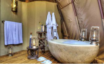 honeymoon_bath