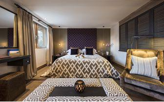 the_lodge_room_2
