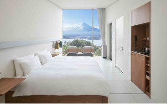 HOSHINOYA_Fuji_cabin_interior