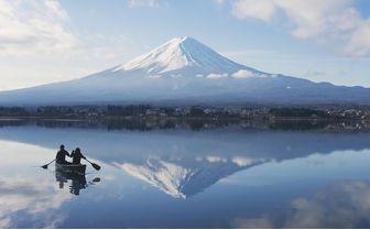 HOSHINOYA_Fuji_canoe