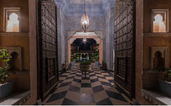 Bujera_hallway