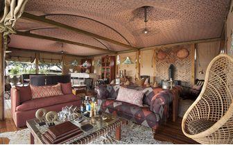 somalisa_lounge_sofas