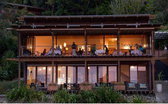 restaurant_exterior
