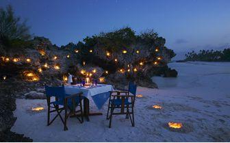 Matemwe_romantic_beach_dinner