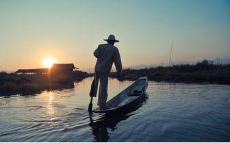 villa_inle_fisherman