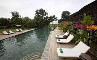 villa_inle_pool