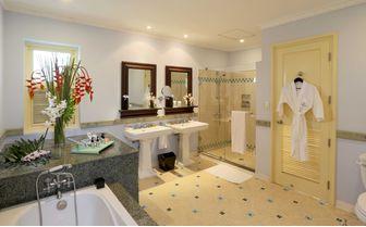 La_Veranda_Bathroom