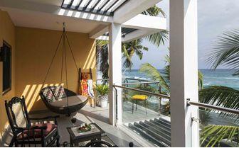 suite_dreams_balcony