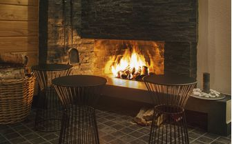 beana_sauna_fireplace