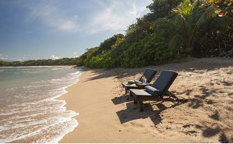 Lodge_Manafiafy_beach
