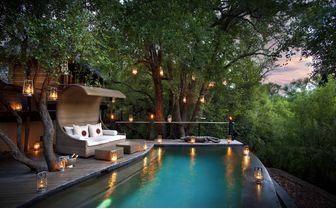 river_house_pool