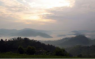 sunset bwindi