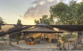 The_Lounge_and_Bar_area_Roho