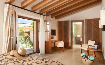Castell son Claret Garden Room, Mallorca