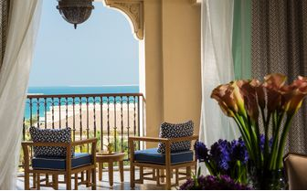 four seasons dubai balcony