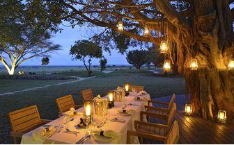 kichwa tembo outdoor dinner