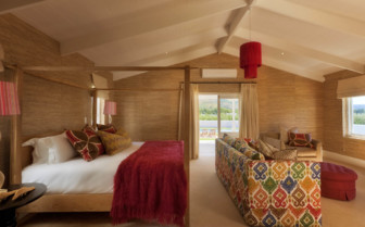 Bedroom at La Cle des Montagnes, luxury hotel in South Africa