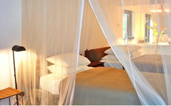 Twin bedroom at Apa Villa