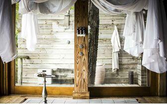 Guest tent shower area