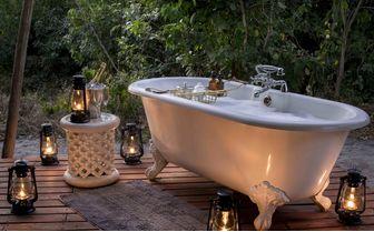 Bath outside