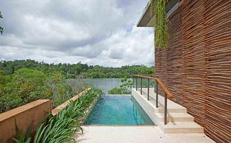 Guestroom pool