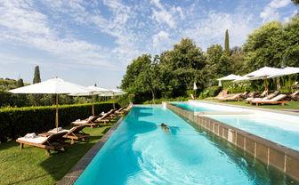 The pool at Il Salviatino
