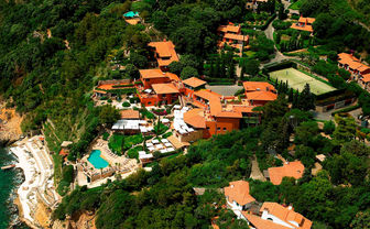 Il Pellicano airview with pool and tennis court