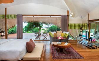Cabin interior Chena Huts