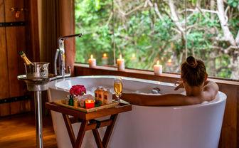 Chena Hut bath