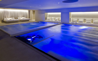 Spa area with indoor pool
