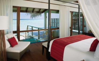 Suite at Four Seasons Landaa Giraavaru, luxury hotel in the Maldives