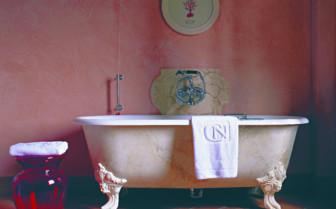 Luxury bathroom at Castello Del Nero, luxury hotel in Italy
