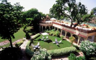 Exterior and garden at Rohet Garh hotel