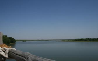 Lake view at Chhatra Sagar, luxury hotel in India