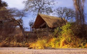Tents at Jongomero hotel, luxury hotel in Tanzania
