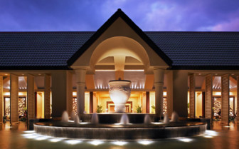 Exterior at St. Regis Princeville, luxury hotel in Hawaii