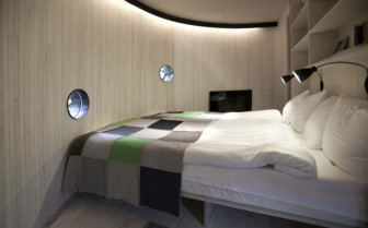Birds nest bedroom interior at Tree Hotel