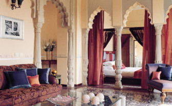 Suite at Usha Kiran, luxury hotel in India