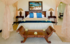Picture of Villa Bedroom, Cousine Island