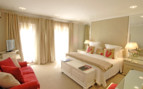 Large bedroom at Cellars- Hohenort hotel