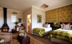 The twin bedroom at Oaklands Country Manor