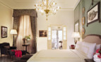 Suite at Four Seasons Florence, luxury hotel in Italy