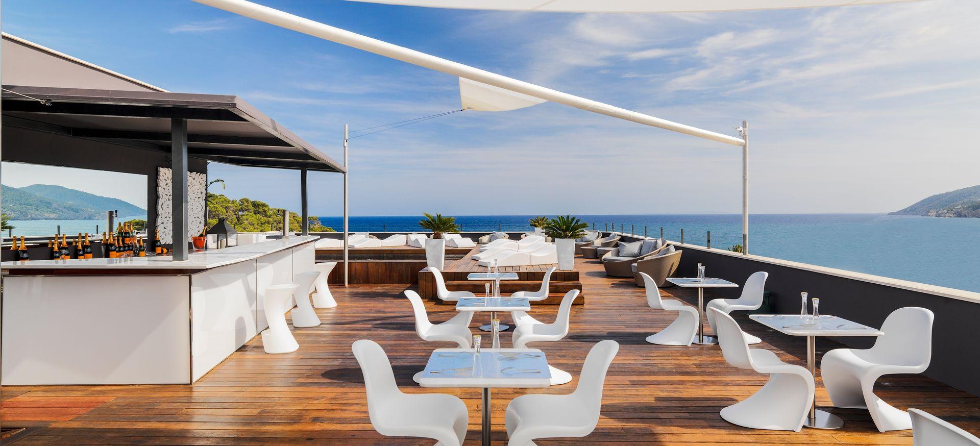Hotel aguas de ibiza luxury hotel spain original travel for Ibiza hotel luxury 5 star